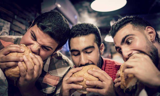 「パン」と「麺」、実際どっちが太るか知ってる?